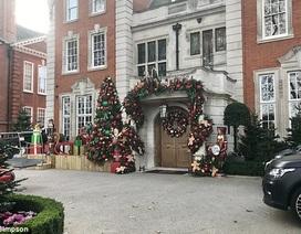 Con gái tỷ phú F1 đầu tư hoàng tráng trang trí nhà cửa dịp Giáng sinh