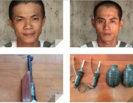 Bắt giữ 2 đối tượng mang súng và lựu đạn đi đòi nợ