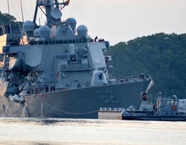 Tìm thấy thi thể 7 thủy thủ Mỹ ngay trên tàu chiến bị đâm móp