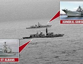 Tàu khu trục Anh áp tải tàu chiến Nga ở Biển Bắc