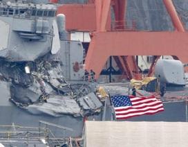 Thủy thủ Mỹ tưởng tàu chiến bị tấn công khi va chạm tàu hàng Philippines