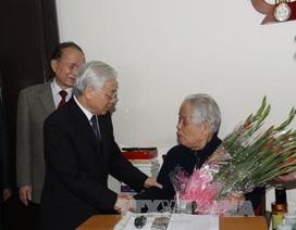 Tổng Bí thư Nguyễn Phú Trọng chúc thọ nguyên Tổng Bí thư Đỗ Mười