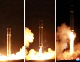 """Giải mã tên lửa mạnh nhất vừa """"trình làng"""" của Triều Tiên"""