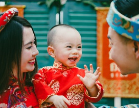 Miss Teen Huyền Trang đưa con từ Mỹ về Việt Nam đón Tết