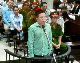 """Hà Văn Thắm """"rất buồn"""" khi bị cáo buộc giúp Nguyễn Xuân Sơn chiếm đoạt tiền"""