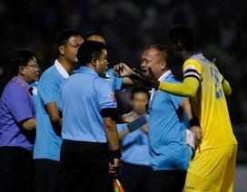 Khi VFF và các đội bóng thiếu tôn trọng luật tại V-League