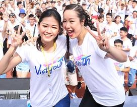 Người đẹp Phương Lan, Thanh Tú tươi tắn tại giải chạy việt dã dành cho giới trẻ