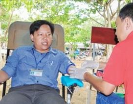 Thầy giáo trẻ ...21 lần hiến máu tình nguyện