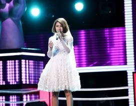 """""""Cô dâu"""" khóc nức nở tại The Voice trải lòng biến cố cuộc đời"""