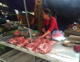 """Giá thịt lợn hơi """"rục rịch"""" tăng"""