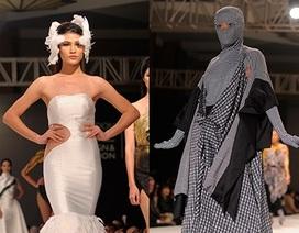 """Sinh viên Việt đưa """"trang phục ninja"""", mặt nạ phòng độc lên sàn diễn thời trang"""