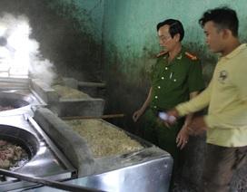 Thưởng nóng 2 triệu đồng cho người báo tin về thực phẩm bẩn