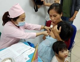"""Bộ Y tế cảnh báo trào lưu """"anti vắc xin"""" có thể đe dọa tính mạng trẻ"""