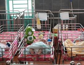 2 bé tử vong, nhiều bé nhập viện vì dịch tiêu chảy, viêm phổi