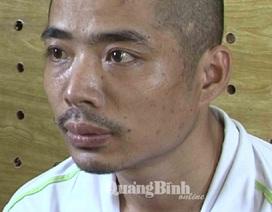 Liều lĩnh kề dao vào cổ tài xế cướp taxi