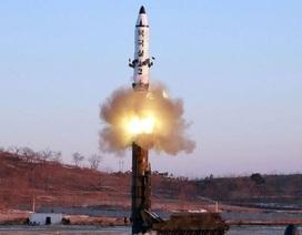 Triều Tiên phóng liên tiếp tên lửa đạn đạo