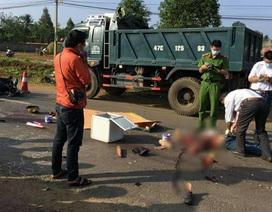 Tông vào chó chạy ngang đường, vợ chồng té ngã, bị xe tải cán tử vong