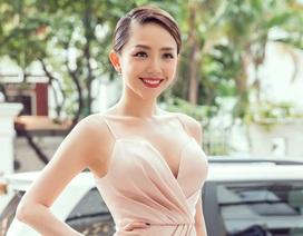 """Tóc Tiên quyến rũ khó cưỡng cùng Angela Phương Trinh đi """"tút tát"""" nhan sắc"""