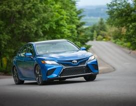 Toyota Camry 2018 tại Mỹ có gì?
