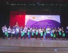 Trao giải thưởng cuộc thi Olympic Tiếng Anh THPT thành phố Hà Nội