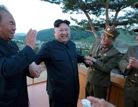 """""""Bộ ba quyền lực"""" phía sau chương trình tên lửa của Triều Tiên"""