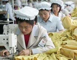 Quần áo do Triều Tiên sản xuất bày bán rộng rãi tại Hàn Quốc