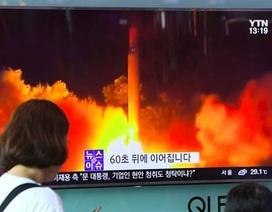 """Thế giới """"dậy sóng"""" vì Triều Tiên liên tiếp thử tên lửa"""