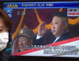 Giáo viên về hưu Nhật Bản chi 71.000 USD xây hầm tránh tên lửa Triều Tiên