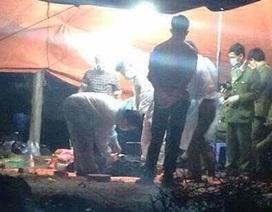 Phát hiện thi thể người đàn ông bị trói chân tay, đang phân hủy trong xe ô tô tải