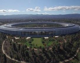 """Ngắm trụ sở chính """"hình đĩa bay"""" của Apple từ trên cao"""