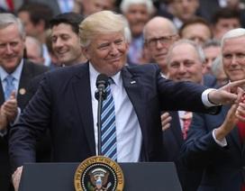 Tổng thống Trump thành công bước đầu khi dỡ bỏ di sản Obama