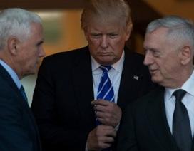 """Cấp dưới của ông Trump """"nổi loạn"""""""
