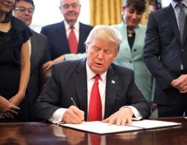 Tổng thống Trump ban hành sắc lệnh cấm nhập cư mới
