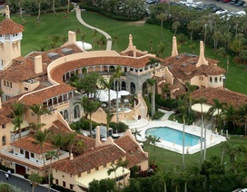 Tổng thống Trump bị yêu cầu công khai danh sách khách mời đến khu nghỉ dưỡng