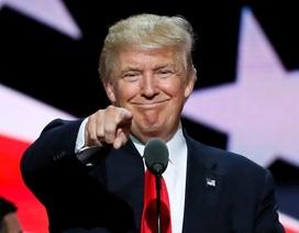 Hé lộ bộ tài liệu chỉ toàn lời khen dành cho Tổng thống Trump