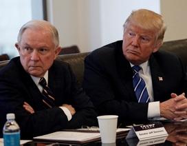 """Bộ trưởng Tư pháp Mỹ """"phản pháo"""" Tổng thống Trump"""