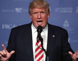 Ông Trump đả kích tòa án vì chưa thể ra phán quyết về sắc lệnh di trú