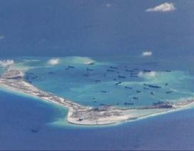 Tàu chiến Mỹ tuần tra sát đảo nhân tạo Trung Quốc xây trái phép trên Biển Đông