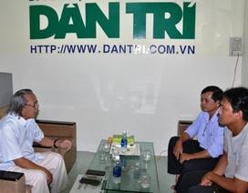 Trao hơn 121 triệu đồng đến gia đình anh Võ Minh Quang