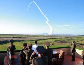 """California, Hawaii """"lo sốt vó"""" nguy cơ tấn công hạt nhân từ Triều Tiên"""