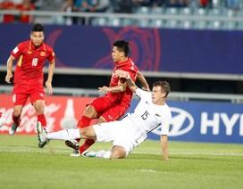 """""""Đá trên chân U20 New Zealand, U20 Việt Nam đáng được khen ngợi"""""""