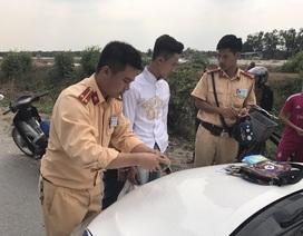 Mua hàng qua mạng, hai thanh niên sử dụng xe máy bịt BKS đi cướp