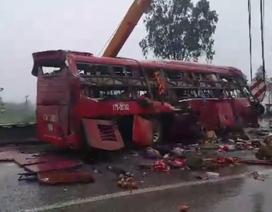 Lật xe khách, ít nhất 1 người tử vong, nhiều người bị thương