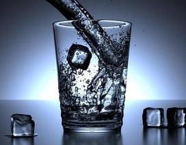 Quan tâm cho trẻ uống nước chống được nguy cơ béo phì
