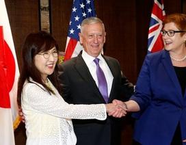 Bộ trưởng Quốc phòng Mỹ, Nhật, Úc đồng loạt chỉ trích Trung Quốc ở Biển Đông