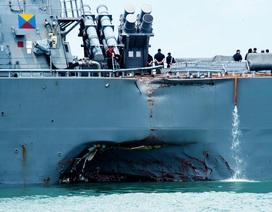Chuyên gia nghi tàu chiến Mỹ bị tấn công mạng trước khi va tàu hàng