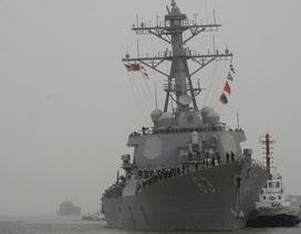 Tàu khu trục tên lửa Mỹ tiến vào Biển Đông