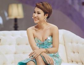 """Uyên Linh thừa nhận """"vật chất đủ đầy"""", 'thỉnh thoảng có bạn trai chứ không thường xuyên"""""""