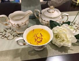 """""""Vàng đỏ"""" giá 650 triệu đồng/kg: Đại gia làm trà thưởng Tết"""
