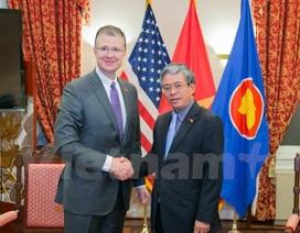 Đại sứ Phạm Quang Vinh tiếp thân mật tân Đại sứ Hoa Kỳ tại Việt Nam